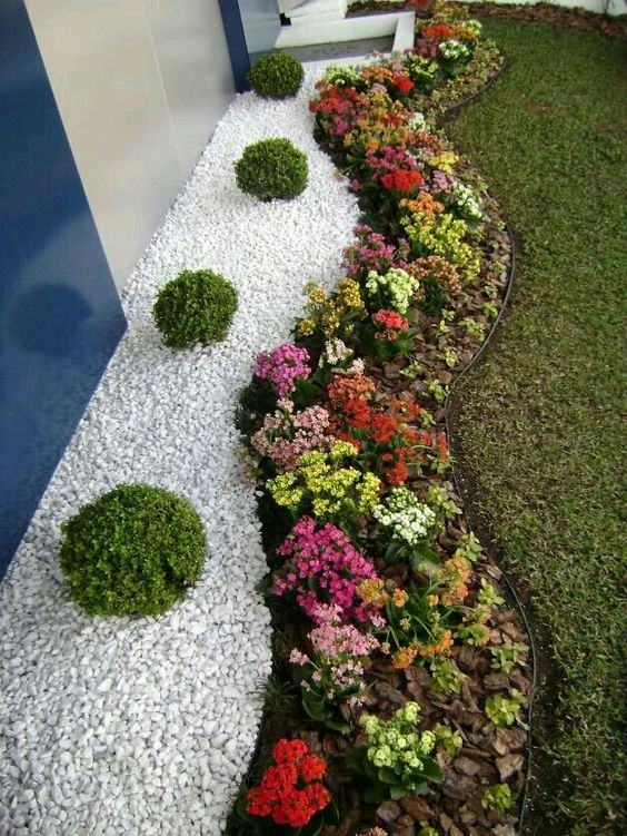 Fascinating White Gravel Landscaping That Will Amaze Everyone.