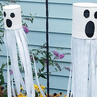 20+ Easy to Make Halloween Decorations