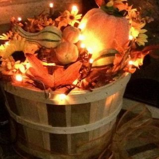 38 DIY Thanksgiving Decorations