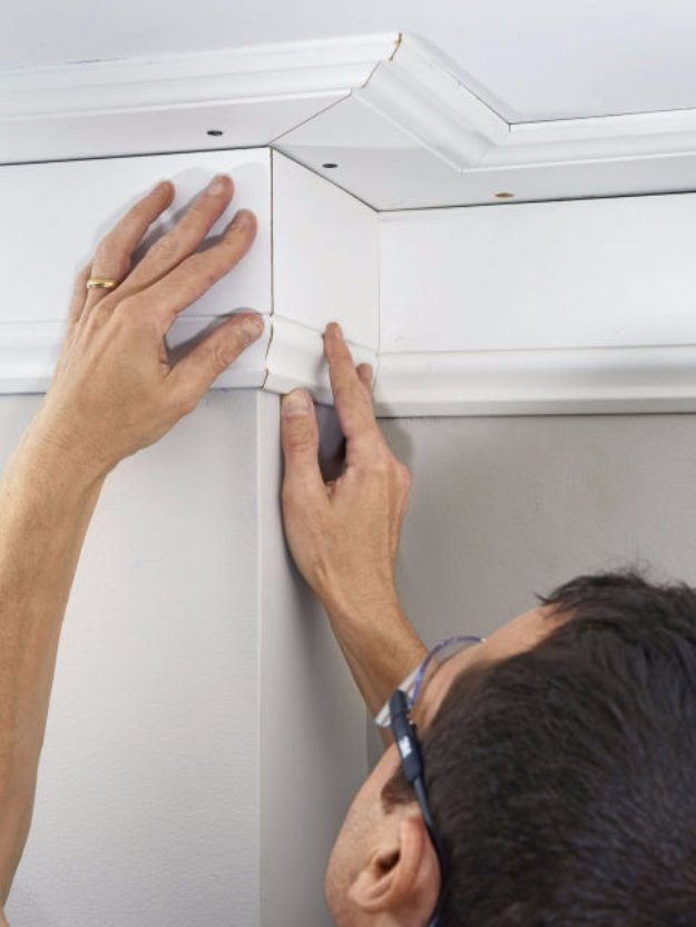 Install Crown Molding The Easy Way.
