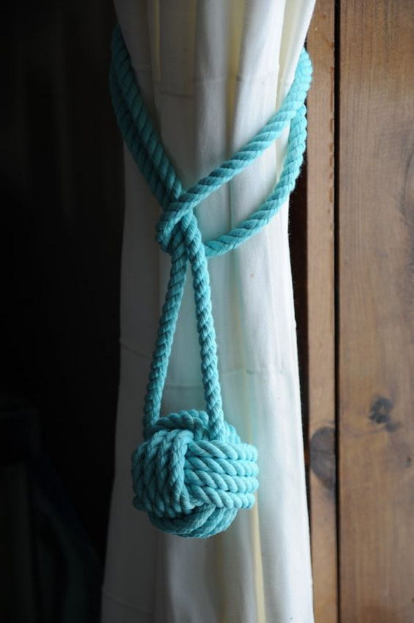 Nautical Knot Curtain Tieback.