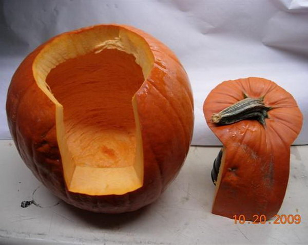 A Better Way to Cut a Pumpkin.