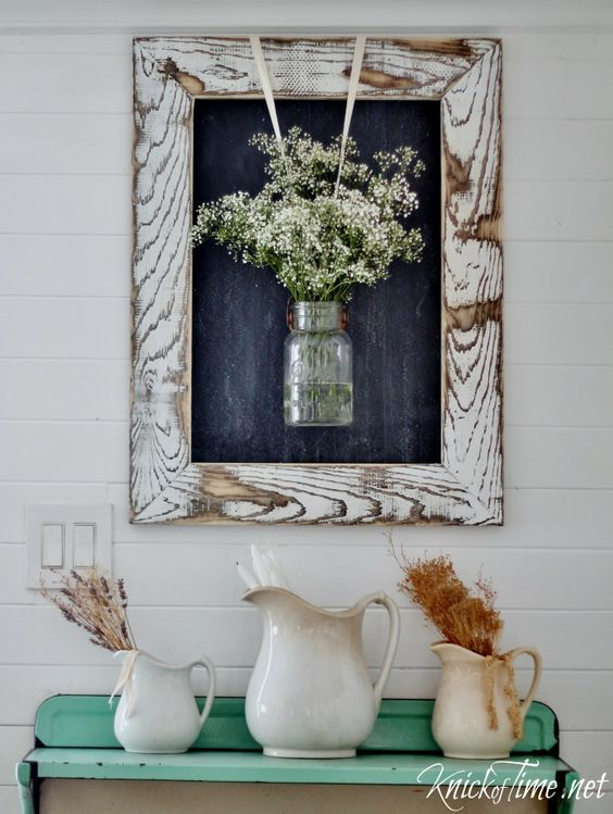 DIY Farmhouse Rustic Wooden Frame.