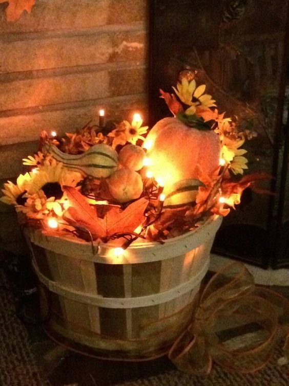 Diy Fall Decor Part - 18: Fill A Basket With Leaves And Christmas Lights For Fall Porch Decor