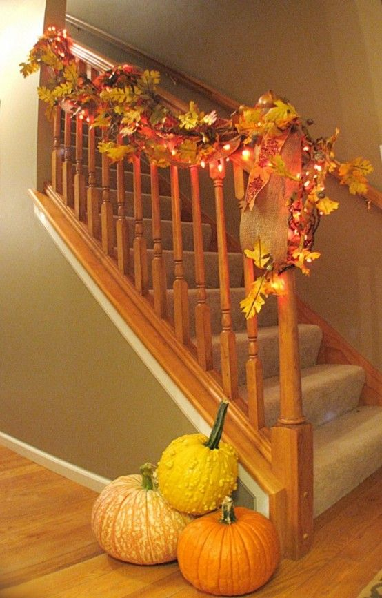 Thanksgiving Decor Ideas Part - 44: Staircase Decorated With Fall Garlands And String Lights