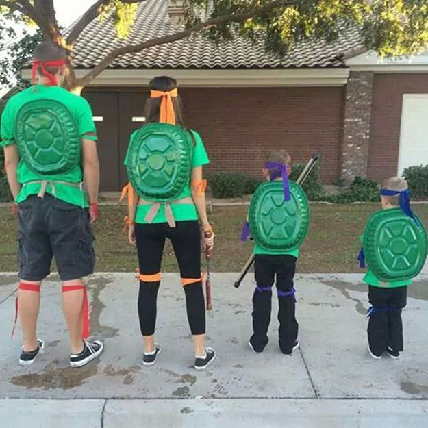 Family Ninja Turtle Costumes.