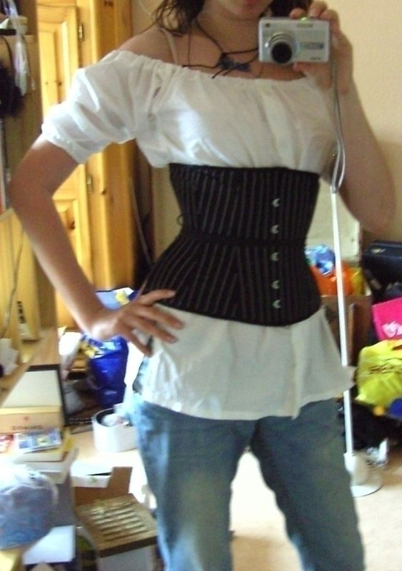 DIY Pirate Blouse from an Old T-shirt.