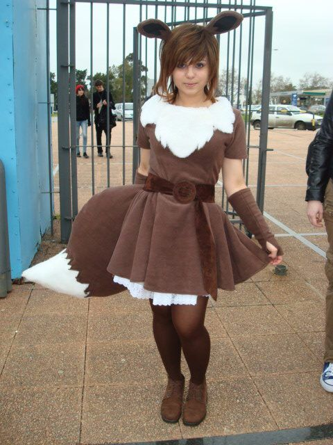 Pokemon Eevee Costume.