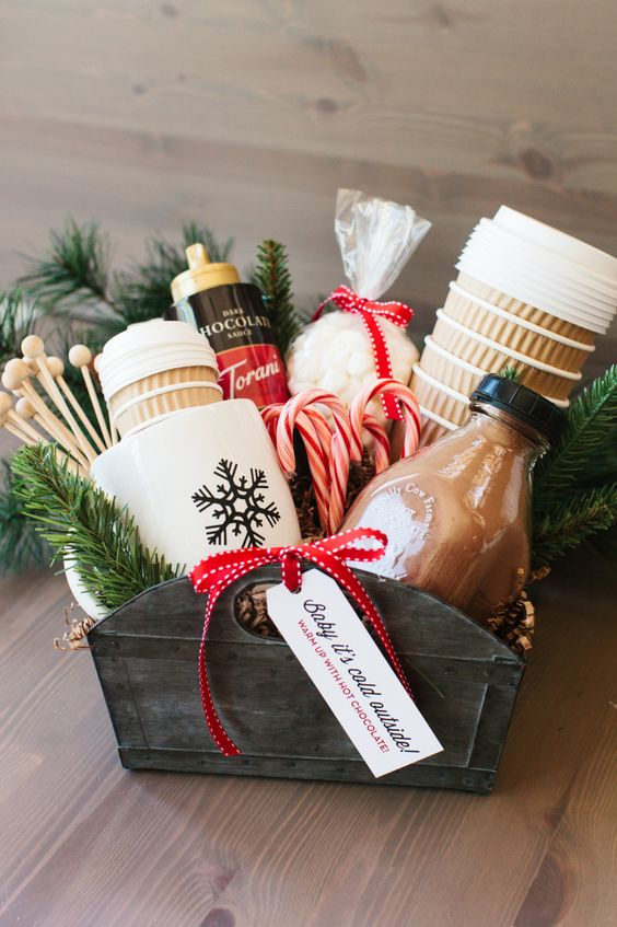 Perfect Hot Cocoa Gift Basket.