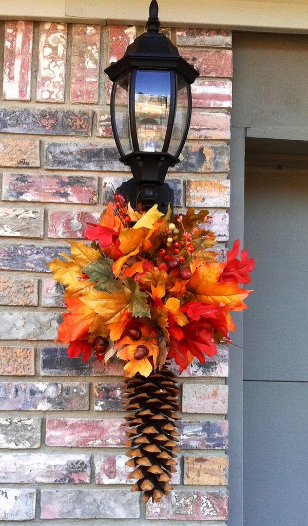 Fall Pinecone Porch Light Hanger.
