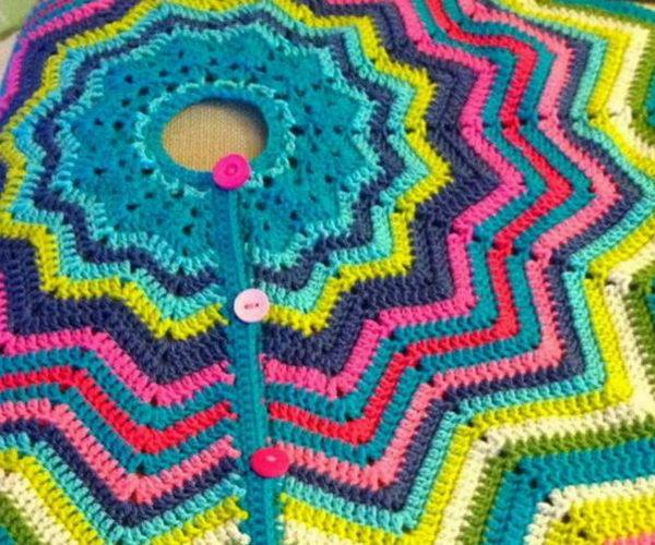 2 crochet christmas tree skirt ideas thumb