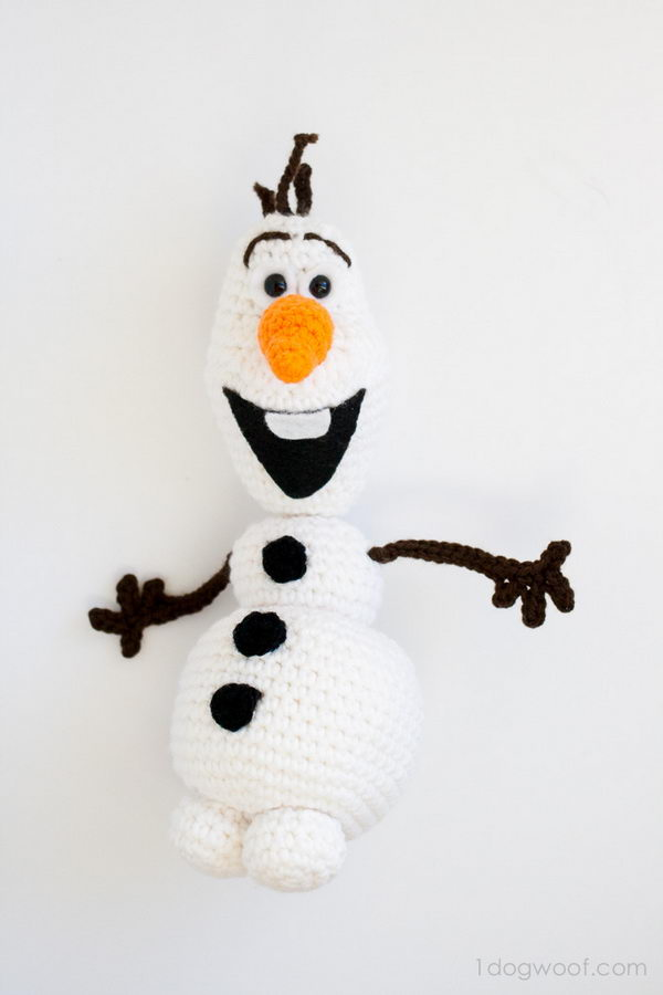 Olaf From Frozen Free Crochet Amigurumi Pattern.