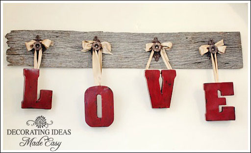 DIY Love Sign.