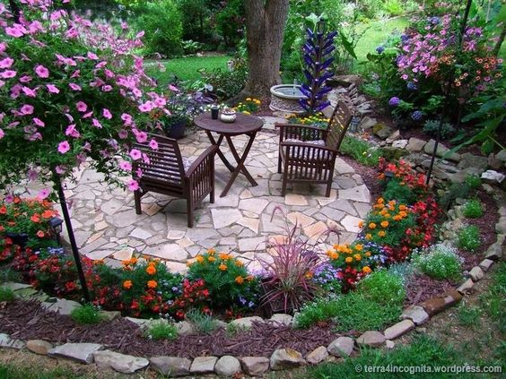Best 20 Herb Garden Design 2017: 20+ Lovable And Relaxing Garden Retreat Ideas 2017