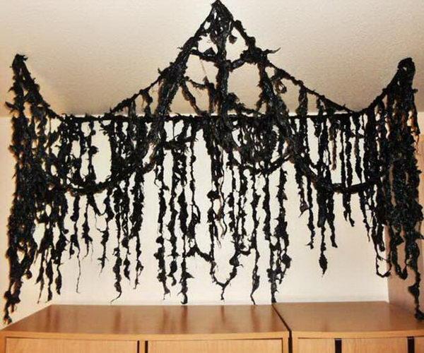 Black Garbage Bag Halloween Decorations.20 Creepy Halloween Decorations Recycled From Trash Bags 2017