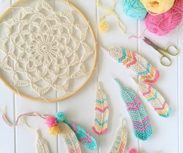 15 Crochet Dream Catcher Patterns And Tutorials 2017